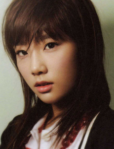 """725.""""If Taeyeon went solo, she would blow IU out of the water"""""""
