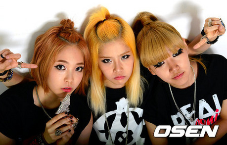 "1292.""D-Unit's music and style is more unique then EvoL's. Deal with it."""