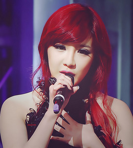 "1359.""I think Bom looks best when her hair is red :)"""