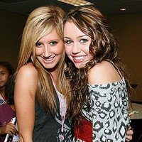 Miley Cyrus And Ashley Tisdale