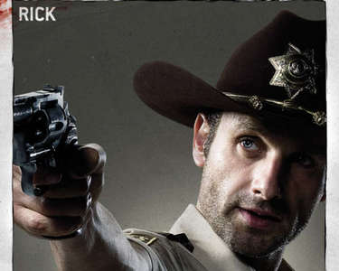 4. Who has the best hat? Why? [b]Rick Grimes[/b] Once he puts that hat on Ты know who's boss.Dal