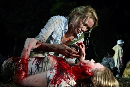 [b]26. favorit scene? Why?[/b] Amy dying and coming back as a zombie. I [i]love[/i] this scene. Its