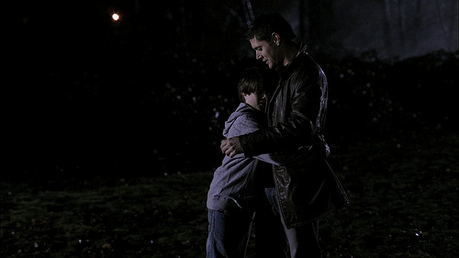 """[i]Dean with young Sam[/i]"" That firework scene was so cute ^^"