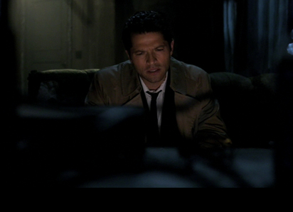 castiel in front of the telebisyon