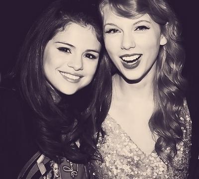 Selena & Taylor