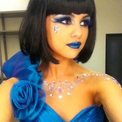 3.Selena In Blue