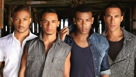 my 最喜爱的 male singer is JLS they are all male :)