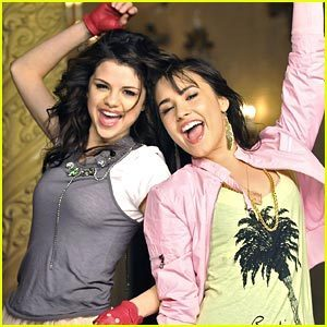 Heyy Guys I Will Pick One Song Of Selena And wewe Have To Post Your Favourite Pic From That Video *R