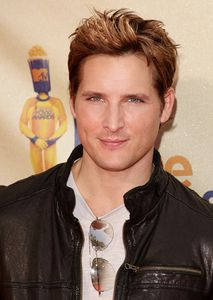 hot<br /> <br /> peter facinelli