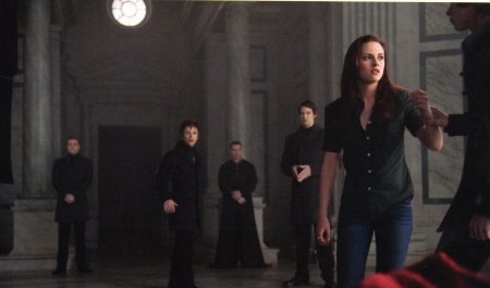 Not<br /> <br /> Bella and the Volturi