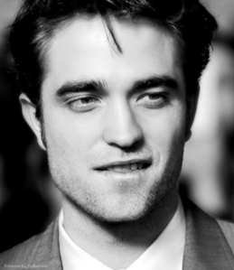 Hot!    Robert Pattinson!