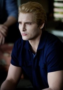 HOT!  Carlisle Cullen??!!