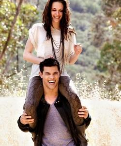 Hot... Bella and Taylor?