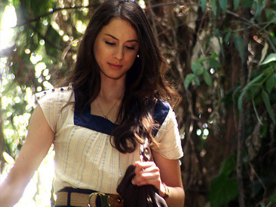 [u]Day Four: A female character te relate to[/u] Probably Spencer Hastings from Pretty Little Liars