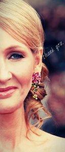 [b][u]Day 28 - Favourite Female Writer[/u][/b] JK Rowling या Suzanne Collins ♥