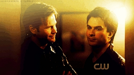 日 5: 最喜爱的 friendship? Either Stefan/Caroline 或者 Damon/Alaric but since Stefan/Caroline haven't