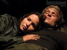 peeta if you read the mocking j you will see y i like peeta beter than gale.