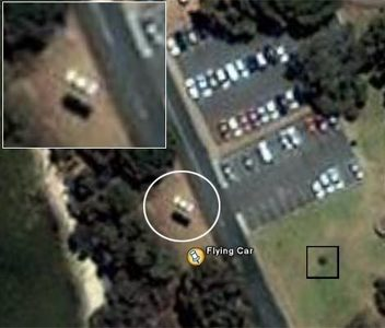 "Here's another one: On January 2006 ""Eagle eyed users of the satellite imaging service 구글 Earth h"
