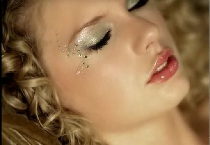 Taylor crying <13 btw I really like your pic :)