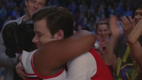 Kurtcedes hug after Beautiful
