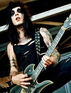 Sexy Guitarist!