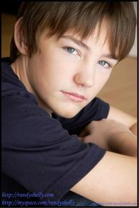 Name: Deodar Kult Age: 13 District: 7 Gender: Male Character Описание And/Or Picture: