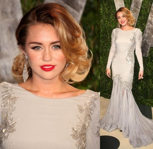 [b]Miley Cyrus[/b]