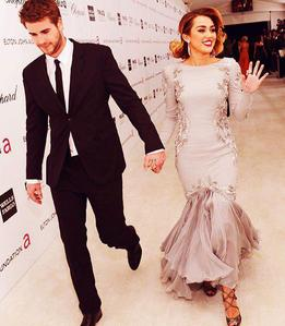 Miley + Liam = REAL LOVE