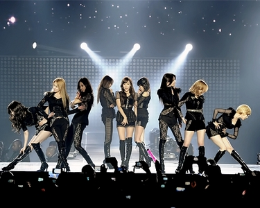 Now lets Start. SR1.SNSD Performing The Boys. DeadLine:17May.