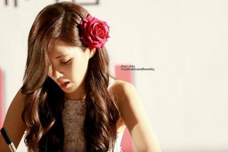 ROUND 1: Seohyun