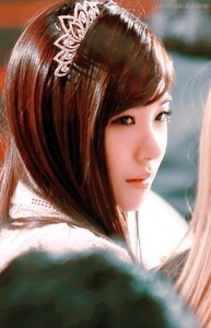 Tiffany wearing a Crown ^0^