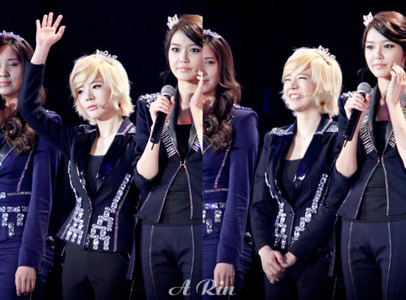 Sunny (plus Sooyoung and Seohyun)