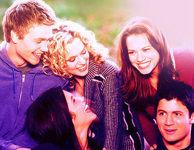 5- The Core 5 (Peyton, Nathan, Brooke, Lucas & Haley)