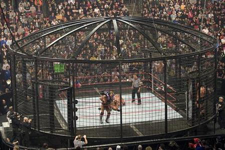 Day 21 - Favorite Gimmick Match : Elimination Chamber