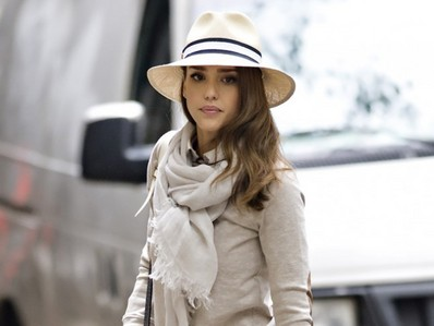 Round 13 Actress with a hat  My Jessica Alba