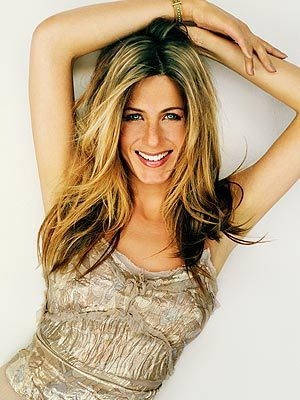 Round 16 Jennifer Aniston