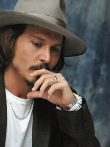 Johnny,i love you, you are a great actor, a sweet person and you are such an inspiration to me!!!i wi