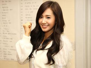 I vote for Hana Yuri