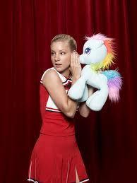 she speaking to a gppony, pony