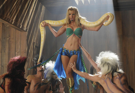 "Britney spears dream ""Im a Slave 4 u"" <3"