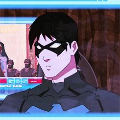 season 2 beneath : look at nightwings face!! :3