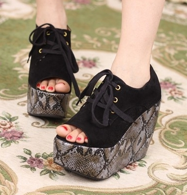 am less concerned about the sports shoes..but i often buy some shoes from here http://www.lovelyshoes