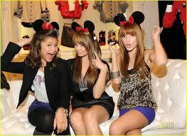 here's zendaya with bella thorne and debby ryan