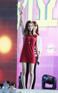 Yoona Is this dress accept ?