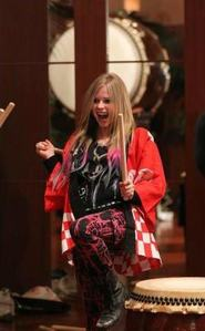 pic of Avril in 2012. and I want Avril in a merah jambu dress :)