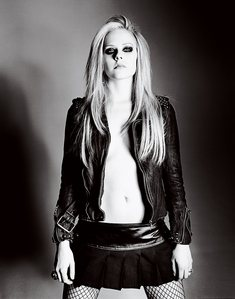 I want Avril with a バイオレット guitar.