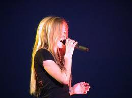 avril with red micrphone :)