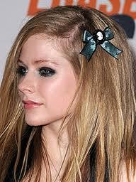 I want avril in 2012 :)