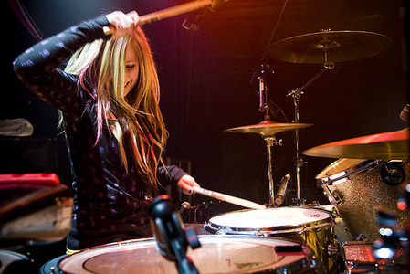 Avril with curly hair..