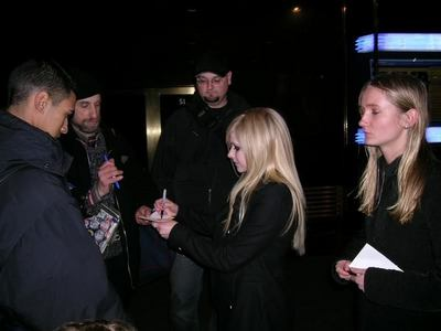 I want Avril with Evan
